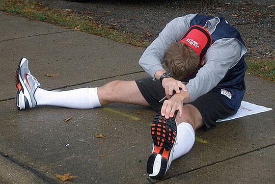 Dehnen immer erst nach dem Laufen. Foto: Flickr/Tobyotter